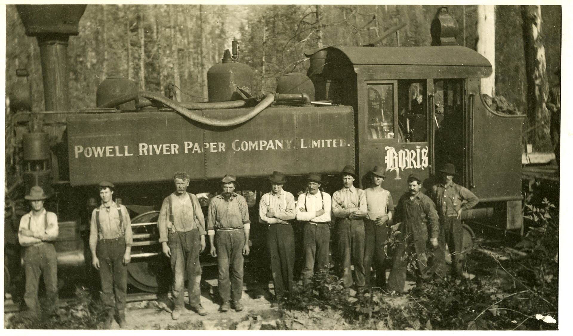 "The Powell River Company logging train ""Boris"" with crew, 1911."